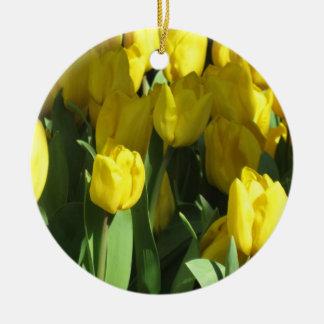 黄色いチューリップのオーナメント 陶器製丸型オーナメント