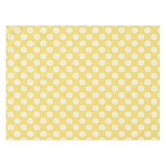 黄色いテーブルクロスの白いFlowerbursts テーブルクロス