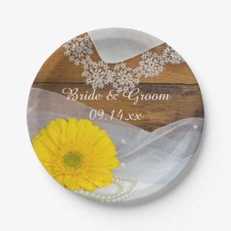 黄色いデイジーおよびレースの国の納屋の結婚式 ペーパープレート