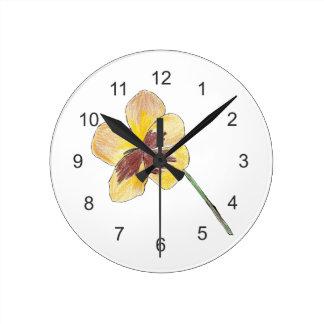黄色いパンジー ラウンド壁時計