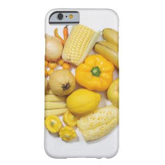 黄色いフルーツ及び野菜の選択 BARELY THERE iPhone 6 ケース