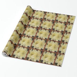黄色いユリのブラウンの正方形のモザイク覆いの紙 ラッピングペーパー