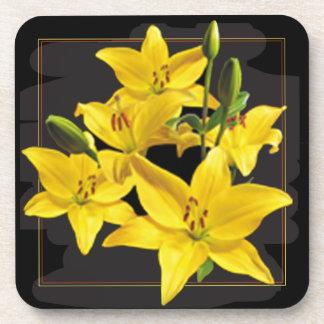 黄色いユリの正方形のコースター コースター