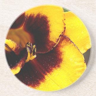 黄色いユリ コースター