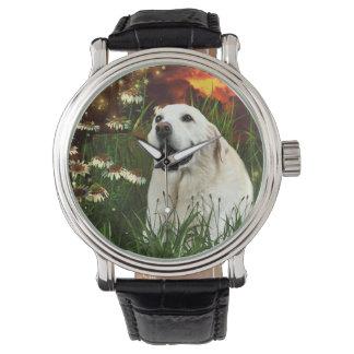黄色いラブラドル・レトリーバー犬 腕時計