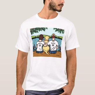 黄色いラブラドールおよびお母さんおよびパパ Tシャツ