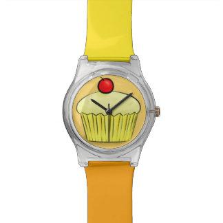 黄色いレモンクリームカップケーキの腕時計 腕時計