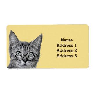 黄色い住所シールのガラスを持つかわいい猫 ラベル