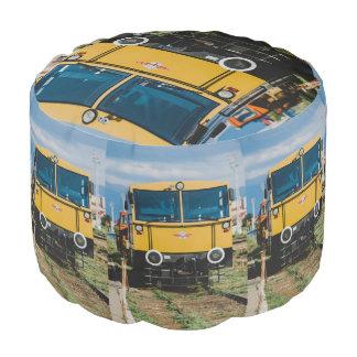 黄色い列車 プーフ