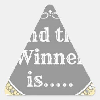 黄色い勝者 三角形シール