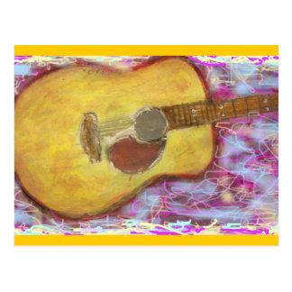 黄色い古さびのアコースティックギターの石 ポストカード