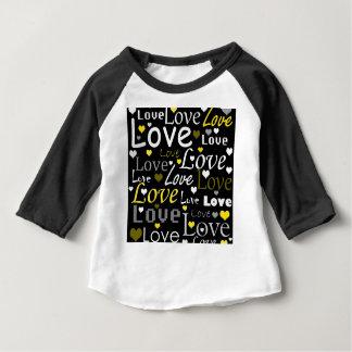 黄色い愛パターン ベビーTシャツ
