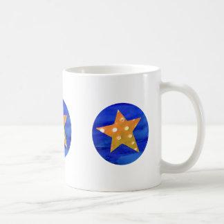 黄色い星のマグ コーヒーマグカップ