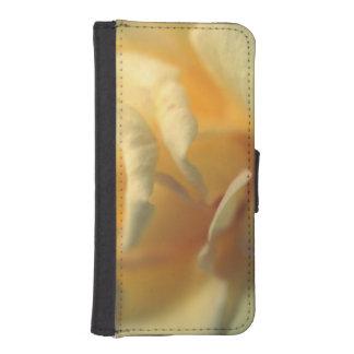 黄色い柔らかさ iPhoneSE/5/5sウォレットケース
