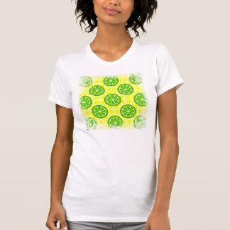 黄色い正方形のタイルの明るい夏の柑橘類のライム Tシャツ