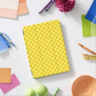 黄色い組合せのクラシックのチェッカーボード iPad AIR カバー