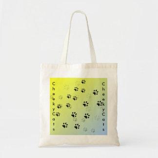 黄色い背景との生意気な猫の足跡 トートバッグ