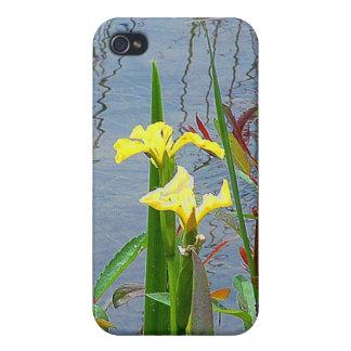 黄色い花および反射のiPhoneの場合 iPhone 4/4Sケース