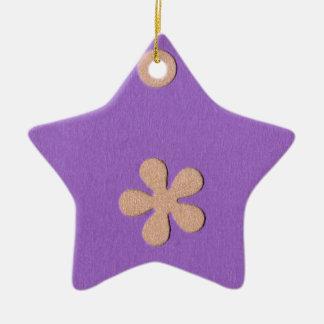 黄色い花および点のデザインの紫色 セラミックオーナメント