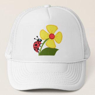 黄色い花のかわいいてんとう虫 キャップ