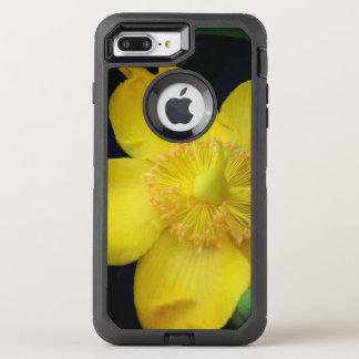 黄色い花のオッターボックスの箱 オッターボックスディフェンダーiPhone 8 PLUS/7 PLUSケース