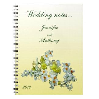 黄色い花の結婚式のノート ノートブック