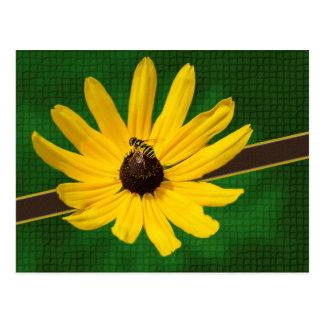 黄色い花の郵便はがきの蜂 ポストカード