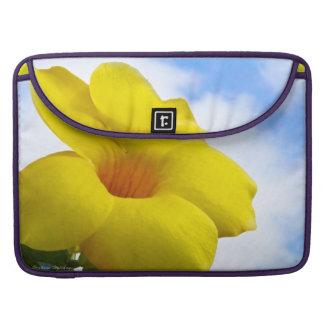 黄色い花のMacbookのプロカバー MacBook Proスリーブ