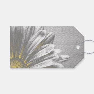 黄色い花柄のハイライトの結婚式の引き出物のラベル ギフトタグ