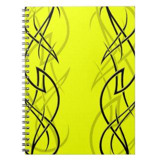 """黄色い""""優雅""""のノートの黒 ノートブック"""