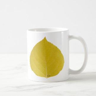 黄色い《植物》アスペンの葉#5 コーヒーマグカップ
