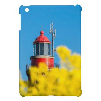 黄色いcanola分野の赤い灯台 iPad mini case