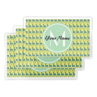 黄色およびティール(緑がかった色)のシカ、真新しいモノグラムの名前|のN2 アクリルトレー