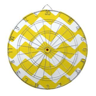 黄色および白い波状のシェブロン ダーツボード
