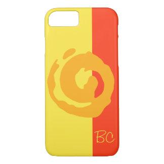 黄色および赤い背景のKoruのオレンジ記号 iPhone 8/7ケース