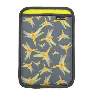 黄色および金ゴールドのトンボのプリント iPad MINIスリーブ