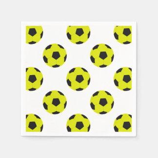 黄色および黒いサッカーボールパターン スタンダードカクテルナプキン