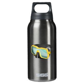 黄色および黒いダイビングまたはスキューバまたはスノーケリングのマスク 断熱ウォーターボトル