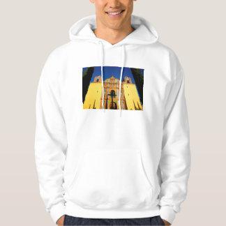黄色く華美な教会の低い角度眺め パーカ