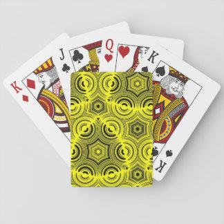 黄色く醜いパターン トランプ