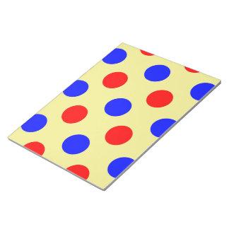 黄色く青及び赤い水玉模様のベクトルイラストレーション ノートパッド