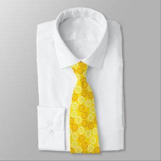 黄色によってアジアインスパイア花柄 ネクタイ