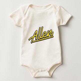 黄色のアレン ベビーボディスーツ