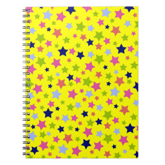 黄色のパーティーのお祝いのスターバストパターン ノートブック
