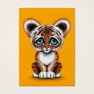 黄色の青い目を持つかわいいベビーの虎の子 名刺