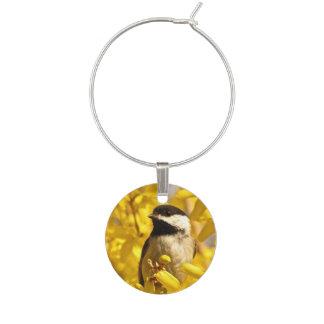 黄色の《鳥》アメリカゴガラの鳥によってはワインチャームが開花します ワインチャーム