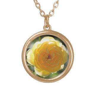 黄色バラのネックレス ゴールドプレートネックレス