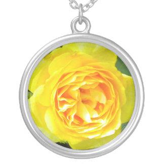 黄色バラのネックレス シルバープレートネックレス