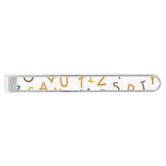 黄色及びオレンジアルファベットパターン 銀色 ネクタイピン