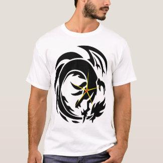 黄色、赤く、黒い火のドラゴンの芸術(ティー)のTシャツ Tシャツ